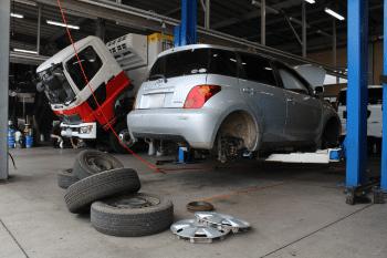 車の整備・車検