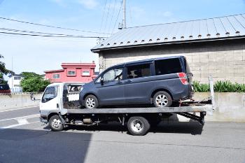 車の事故や路上故障